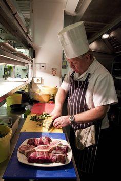 Head Chef Stuart Yummy Food, Ethnic Recipes, Delicious Food
