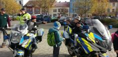 Policisté v Plzni představili veřejnosti svou práci i hokejové umění