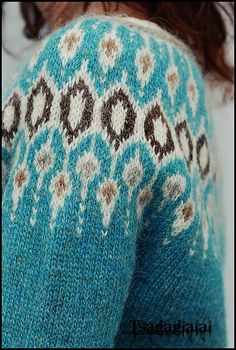 Inspired by traditional Icelandic circular yoke sweaters, Telja is knit in the round from the bottom Loom Knitting Patterns, Knitting Charts, Knitting Socks, Knitting Designs, Knitting Stitches, Free Knitting, Knitting Projects, Knitting Tutorials, Stitch Patterns