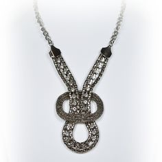 Black metal bold necklace with rhinestones