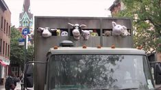 Banksy rules against factory farming...!!!
