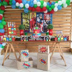 festa dos vingadores simples e rústica Hulk Birthday Parties, Avengers Birthday Cakes, Superhero Birthday Party, Boy Birthday, Avengers Party Decorations, Captain America Birthday, Superhero Baby Shower, Party Themes, Avengers Birthday Parties