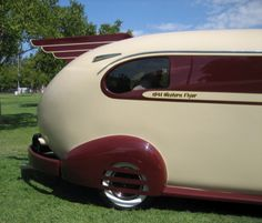 1941 western flyer motorhome, i totally LOVE vintage trailers.