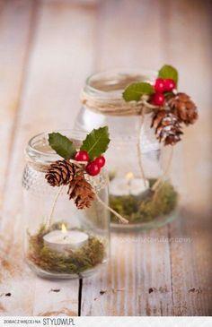 Strahlt deine Wohnung auch schon ganz und gar eine Weihnachtsstimmung aus? Mit diesen 8 Ideen für einen Kerzenhalter rundest du das Ganze noch ab! - DIY Bastelideen
