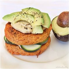 Moroccan-spiced sweet potato burgers for lunch today! My sweet potato obsession continues…  The recipe is up in my blog now if you want to try them! Gluten free, vegetarian and easily made vegan  #meals