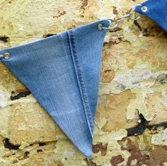 Reversible Bunting from Recycled Denim Jeans - Link it Yourself - Eyelets and Metal Links