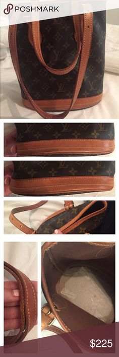 Authentic Louis Vuitton bucket petite!! Bought from another seller, 100% authentic!! Lining was taking out due to regular stickiness that occurs with these bags. Bag is in excellent condition!! No cracks. You get everything you see. I love it but it's too small for me and that's why I'm selling!! Will add more pics if requested. OPEN TO REASONABLE OFFERS!! $190 on Ⓜ️erc Louis Vuitton Bags