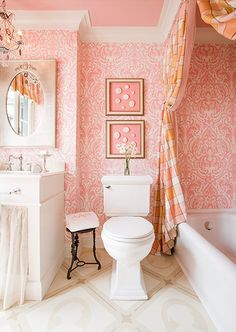 Love this pink bathroom - the wallpaper, the pink ceiling, just everything