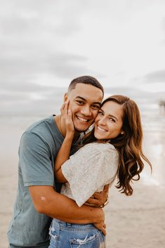 Couples Poses For Pictures, Cute Couple Poses, Couple Photoshoot Poses, Couple Picture Poses, Pic Pose, Photo Couple, Cute Couple Pictures, Couple Posing, Beach Poses For Couples