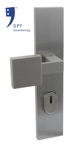 Product image of a solid square pent door knob (GPF9204.09) combined with a GPF9018.72 plate. This combination and many other door & window products are available at our website (www.tenhulscher.nl)