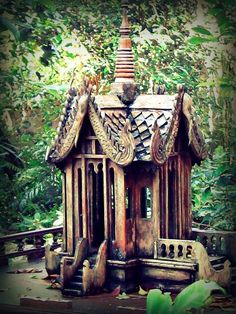 Amazing+Birdhouses | Hidden Gem: Bird House in Animal Kingdom Aviary