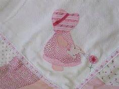 mantas de bebe bordadas - Bing Imagens Patches, Blanket, Baby Layette, Grandchildren, Embroidered Baby Blankets, Bed Drapes