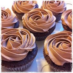 Greek Desserts, Pudding Desserts, Amazing Food Decoration, Cupcake Heaven, Nom Nom, Muffins, Food And Drink, Cupcakes, Sweets