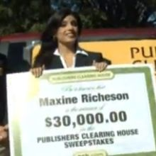 Where is $30,000.00 Winner Maxine Richeson when the Prize Patrol Shows up the first time?