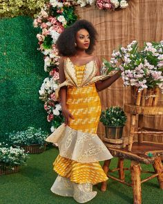 African Kente Styles Attires For Wedding Parties. Kente style is one of the most well-liked African Latest Ankara Dresses, Ankara Dress Styles, Kente Styles, African Wear, African Dress, African Lace, African Print Fashion, African Fashion Dresses, Kente Dress