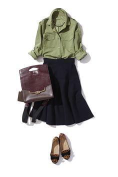 ニット素材のミディ丈スカートのON/OFFスタイル ― B