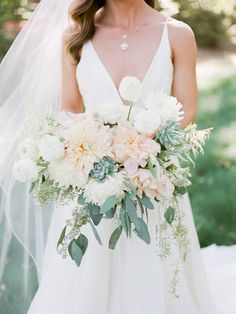 Wedding inspiration: Headpiece, flowers, hair color, bridesmaid dresses