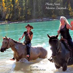 Amber and her mum riding Cash and Hawk in a lake Heartland Season 11, Heartland Actors, Heartland Quotes, Heartland Ranch, Heartland Tv Show, Heartland Episodes, Country Girl Life, Country Girls, Ty E Amy