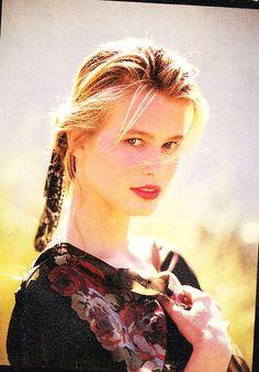 548bd3118c911 3601 meilleures images du tableau Claudia Schiffer