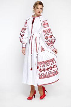 Embroidered Long Boho Dress white for women. Ukrainian Vyshyvanka. Red embroidery on Boho style. Best girls wedding dresses.