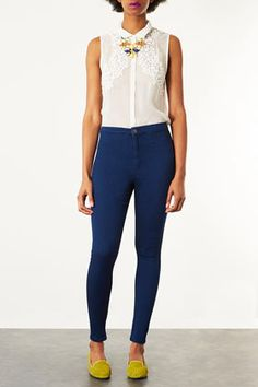 (suggested look) MOTO Blue Joni Jeans . So cool to pair with any crop top :-)