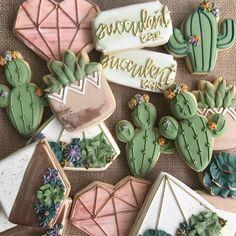 Cactus and Succulent Sugar Cookies Iced Cookies, Cute Cookies, Royal Icing Cookies, Cupcake Cookies, Sugar Cookies, Flower Cookies, Heart Cookies, Cupcakes Succulents, Cactus Cake