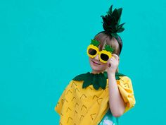 This adorable no-sew pineapple costume is quick and easy to make. Whip it up in under an hour and your little ones are ready to Diy Fruit Costume, Fruit Costumes, Pineapple Costume, Diy Wedding Projects, Classroom Inspiration, Diy For Kids, Party Planning, Party Ideas, Halloween