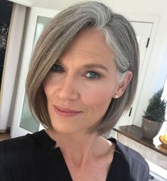 Ponytail Hairstyles Over 50 Classy Side-Parted Chin-Length Bob.Ponytail Hairstyles Over 50 Classy Side-Parted Chin-Length Bob Grey Hair Over 50, Long Gray Hair, Silver Grey Hair, Grey Hair Bob, Grey Hair Inspiration, Gray Hair Highlights, Gray Hair Growing Out, Growing Out A Bob, Chin Length Hair