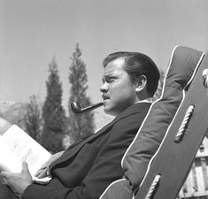 LOS ANGELES - CIRCA Actor, director and writer Orson Welles works on a script circa 1940 in Los Angeles, California. (Photo by Earl Theisen/Getty Images) Charles Foster, Orson Welles, Rita Hayworth, Great Films, Star Citizen, Lady And Gentlemen, Classic Hollywood, Hollywood Men, Tv