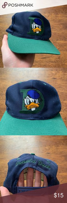 21080ecbafc Vintage 90 s Donald Duck SnapBack Blue Green Good Condition Embroidered  Check my other listings! I have different vintage 1980s 1990s Nike Adidas  Champion ...