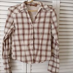 Cute little plaid Retro button up top *REDUCED* Brown and white 100% Cotton Copper Key Tops Button Down Shirts