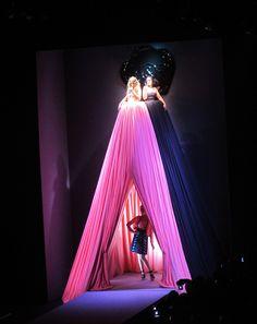 Viktor & Rolf's breathtaking window makes a grand entrance. #FashionRetail #WinningWindows