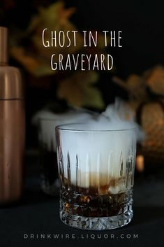 Drink recipe ideas - If you like White Russians, you'll love this spooky Halloween twist. Ghost in the graveyard is a witches brew cocktail using vodka, coffee liqueur and vanilla ice cream! Add dry ice for a scary, bubbling cauldron drink. Halloween Cocktails, Holiday Drinks, Summer Beverages, Christmas Drinks, Liquor Drinks, Cocktail Drinks, Cocktail Ideas, Drink Wine, Dry Ice Drinks