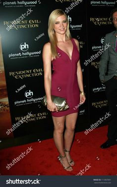 Amy Smart, Planet Hollywood, Girl Celebrities, Beautiful Legs, Resident Evil, Photo Editing, Actresses, Stock Photos, Female