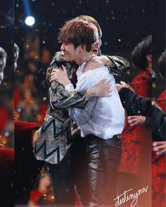 such a beautiful thing to see a sincere genuine hug like this!!! #BTS x #EXO #Taehyung #V #Baekhyun | photo©logo #2016MAMA . . . #BTS #방탄소년단 #BangtanBoys #Bangtan #防弾少年団 #BangtanSonyeondan #V #kimtaehyung #taehyung #taetae #jungkook #jeonjeongguk #jimin #parkjimin #suga #yoongi #Rapmonster #namjoon #jhope #hoseok #jin #seokjin #뷔 #태형 #김태형 #피땀눈물