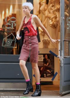 Style, Mini Skirts, My Style, Eclectic Style, Image, Agyness Deyn, Fashion, Skirts, Dame
