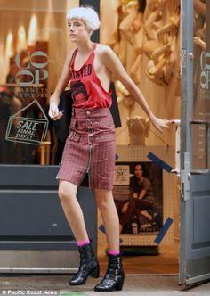 Agyness Deyn, Eclectic Style, Youth, Mini Skirts, My Style, Google, Image, Fashion, Moda