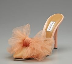 Isaac Mizrahi Tulle Bow Sandal High heel mule sandal Fabric upper with tulle bow at toe Padded leather insole and sole 4 inch heel Material: Leather, Tulle Brand: Isaac Mizrahi Origin: Italy Pretty Shoes, Beautiful Shoes, Cute Shoes, Me Too Shoes, Tulle Bows, Bow Sandals, Mode Style, Wedding Shoes, Fashion Shoes