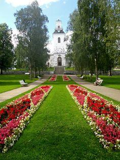 Kuopion tuomiokirkko - Snellmaninpuisto - Kuopio City