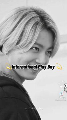 Kim Taehyung Funny, Bts Taehyung, Namjoon, Bts Bangtan Boy, Bts Jungkook, Photographie Indie, Kpop Gifs, Bts Aegyo, Bts Bulletproof