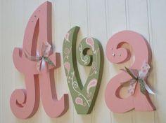 Letras de vivero, vivero colgando de la pared letras, color de rosa, salvia y blanco decoración cuarto de niños, Letras de pared infantiles