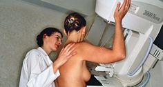 Jährlich erkranken in Deutschland etwa 60.000 Frauen neu an Brustkrebs. Bei frühzeitiger Entdeckung kleinerer Tumoren kann oftmals weniger ausgedehnt operiert werden und die medikamentöse Behandlung schonender erfolgen.
