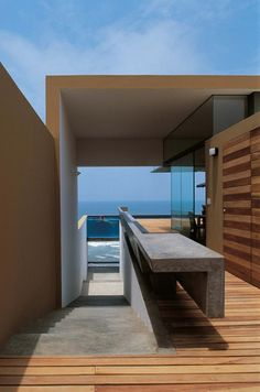 A #Majestic #Mansion With #Distinctive #Rooftop #Pool In #Peru - #InteriorDesign #DesignHomes #HouseDecorations #ModernInteriors #walldecoration #decorationhouse #homesdecoration