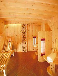Entspannen im Klockerhof #klockerhof #familiekoch #dashotelfürentdecker #zugspitzarena #tirol #vitaloase #massagen #seelebaummelnlassen Divider, Loft, Wellness, Bed, Furniture, Home Decor, Vacations, Nice Asses, Lofts