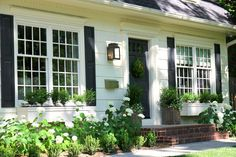 Jenny Steffens Hobick: Summer Home Tour | House Resources