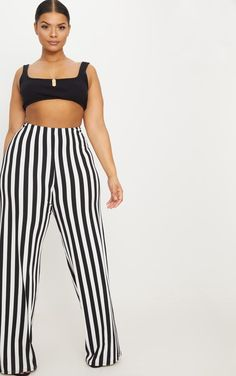 CLX0915 Plus Black High Waisted Crepe Stripe Wide Leg Pants We are obsessing over wide-leg pants this season. Featuring a crepe material with a stripe... Plus Size Skirts, Plus Size Pants, Plus Size Outfits, Striped Wide Leg Trousers, Wide Leg Pants, Curvy Women Fashion, Plus Size Fashion, Black Lounge, Daily Dress