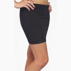 Heater skirts are great to throw on after any water sport to wick away the moisture from swimwear and keep you fashionable and drier.  Also great for added warmth and coverage working out in cold weather.