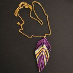 the DIY: STRING FEATHER NECKLACE