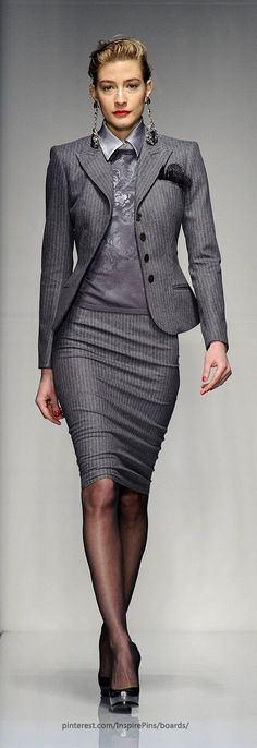 Milan Fall 2013 - Roccobarocco. Good mixing of different greys that make a good work outfit for the corporate executive.