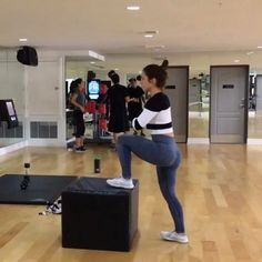 Jump box workout always use control over momentum. Anytime you step up place your whole foot on the box and drive through your heel, not your toes to target more of the Glutes and hamstrings. Single leg step up kickbacks 4x20 each leg Alternating box hops 4x2 minutes Single leg squat 4x10 each leg